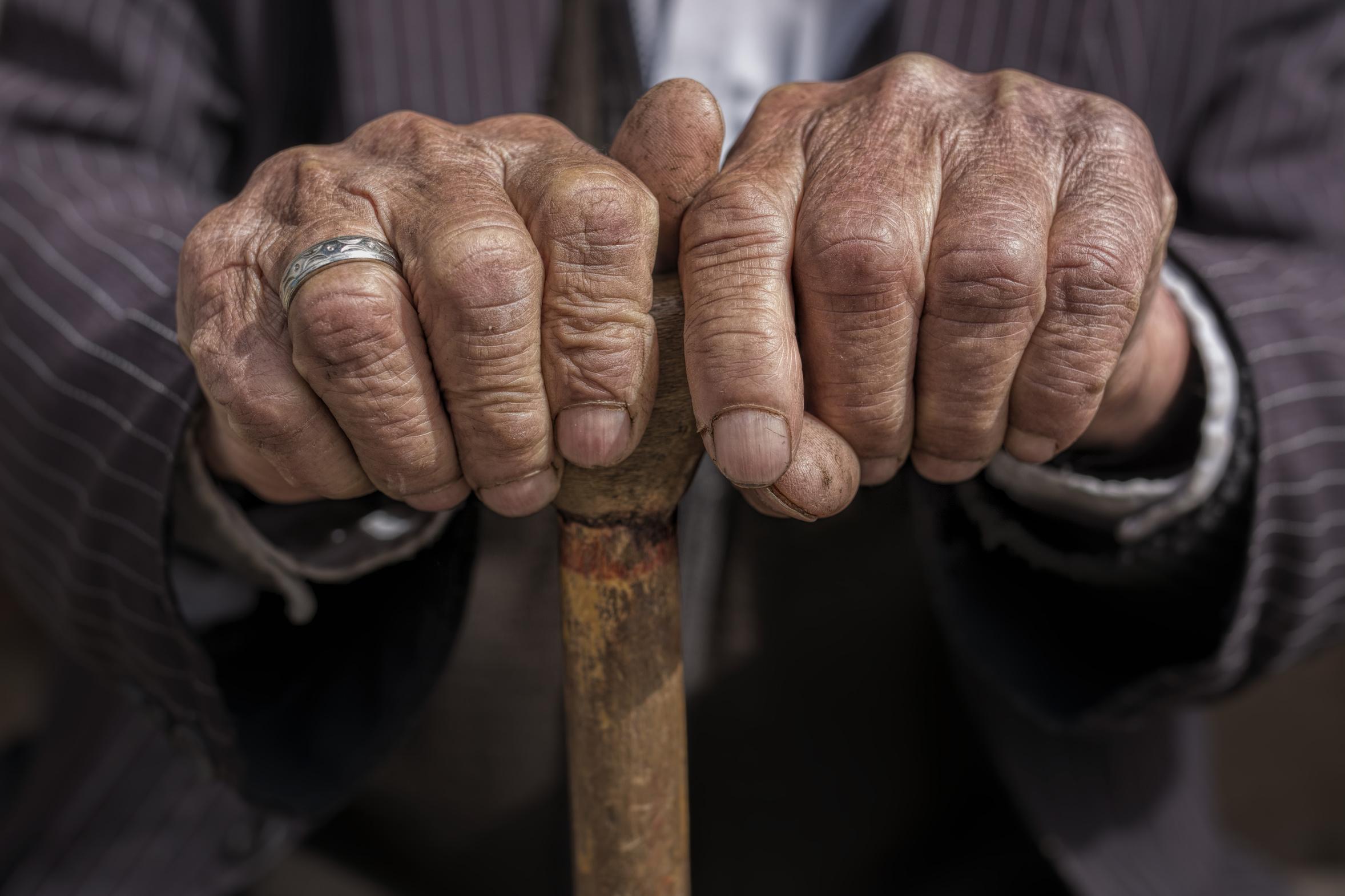 """Corso di aggiornamento: """"La relazione e l'animazione con gli anziani"""" 25 e 26 marzo"""